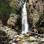 Khosrov Waterfall