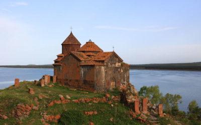 Монастырь Айраванк 9в.