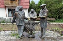 Памятник персонажам фильма «Мимино» в городе Дилижан